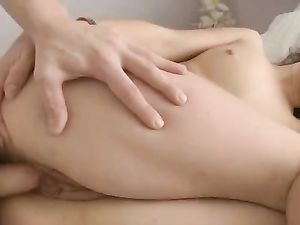 Young Snatch Opens For Hardcore Sex