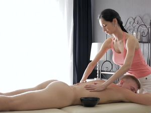 Masseuse Pussy Pleasures His Big Cock Erotically
